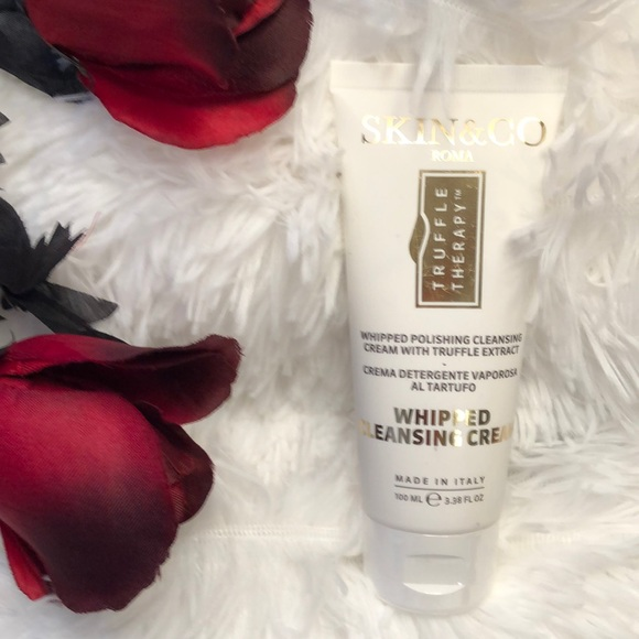 Skin&Co Roma Whipped Cleansing Cream